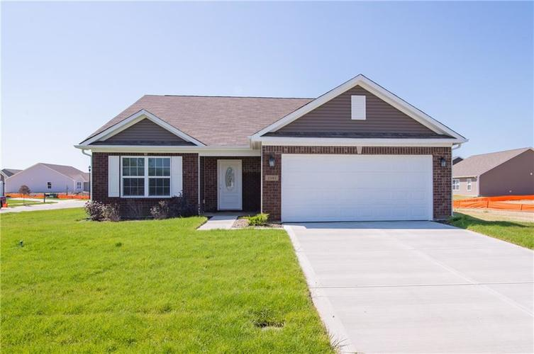 2381 Sawdust Trail Greenfield, IN 46140 | MLS 21656413 | photo 1