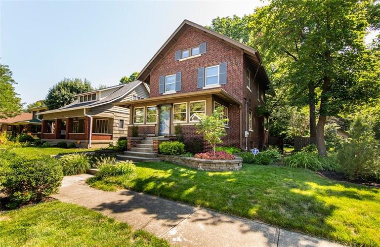 337 N Whittier Place Indianapolis, IN 46219 | MLS 21656444 | photo 2