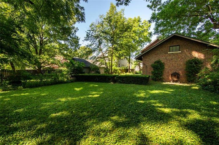 337 N Whittier Place Indianapolis, IN 46219 | MLS 21656444 | photo 40
