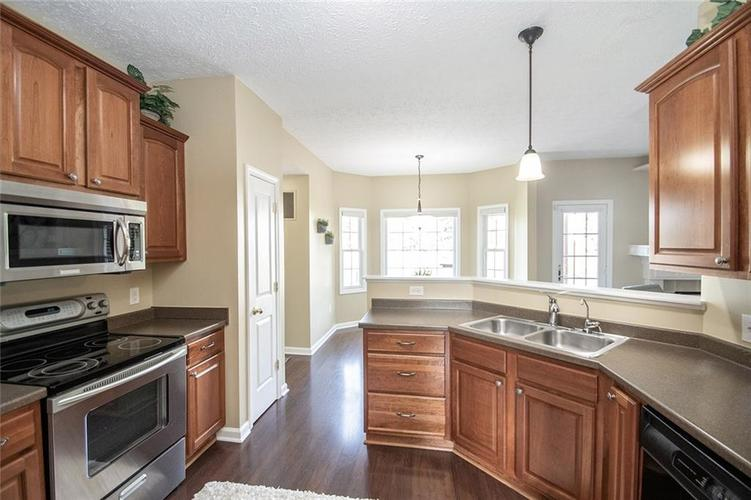 7210 HARTINGTON Place Indianapolis, IN 46259 | MLS 21656545 | photo 17
