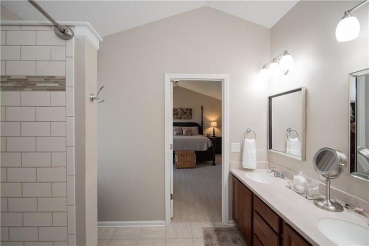 7210 HARTINGTON Place Indianapolis, IN 46259 | MLS 21656545 | photo 22
