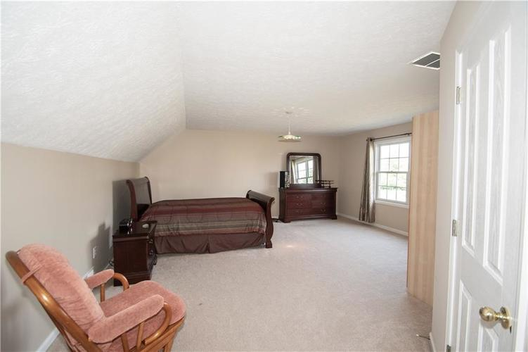 7210 HARTINGTON Place Indianapolis, IN 46259 | MLS 21656545 | photo 24