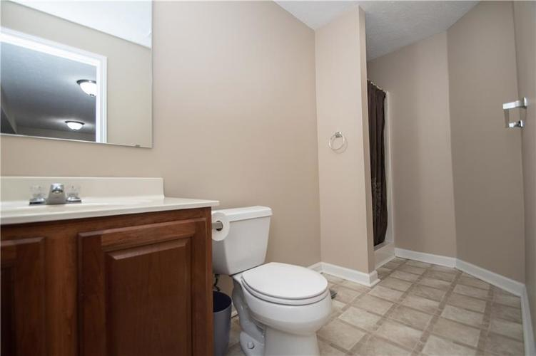 7210 HARTINGTON Place Indianapolis, IN 46259 | MLS 21656545 | photo 39