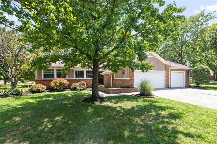 8441  FAIRWIND Court Indianapolis, IN 46256 | MLS 21656593