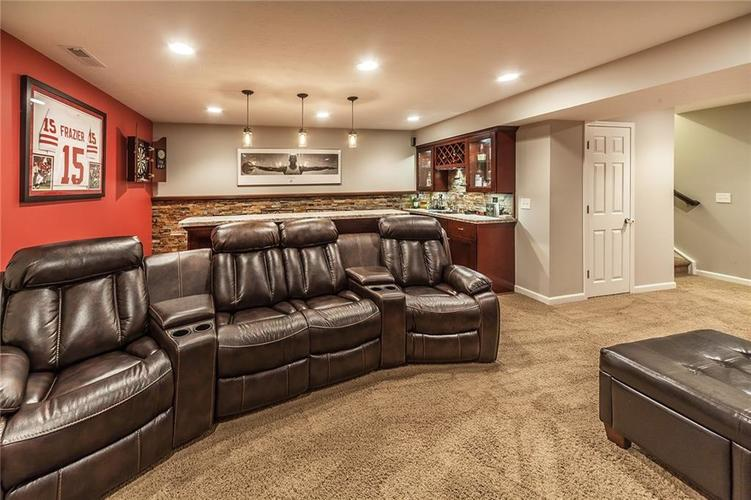 7811 Ringtail Circle Zionsville, IN 46077 | MLS 21656645 | photo 20
