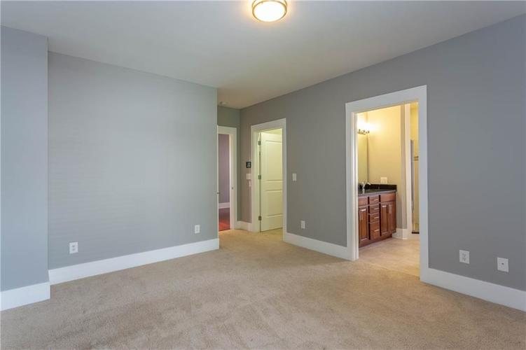 622 Broadway Place Indianapolis, IN 46202 | MLS 21656671 | photo 21