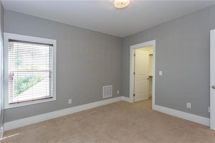 622 Broadway Place Indianapolis, IN 46202 | MLS 21656671 | photo 31