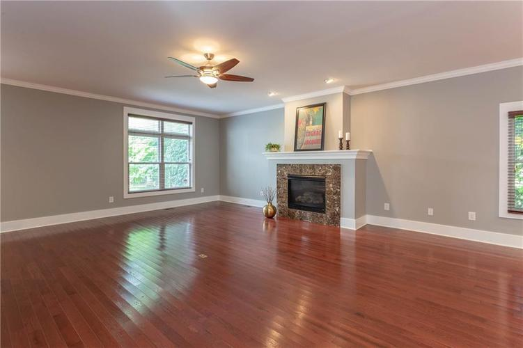 622 Broadway Place Indianapolis, IN 46202 | MLS 21656671 | photo 7