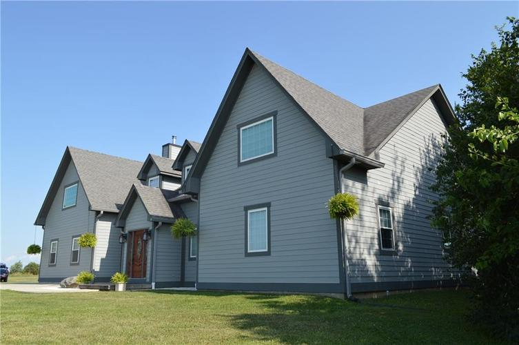 7641 W State Road 32 Highway Anderson, IN 46011 | MLS 21656733