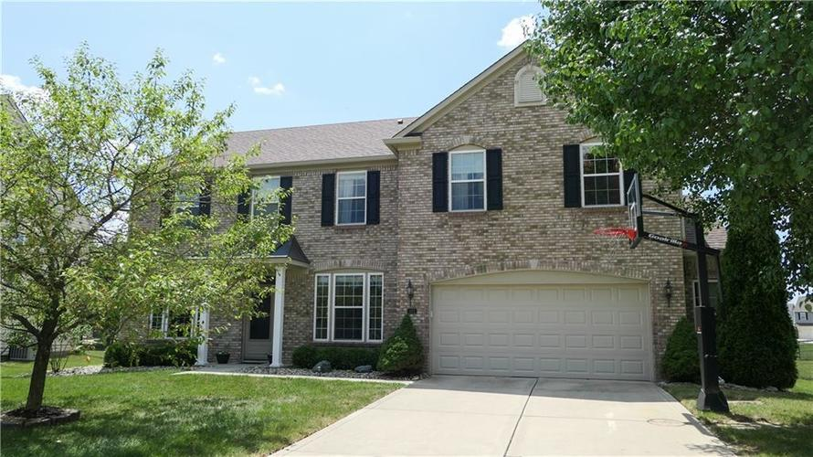 1422  Woodfield Drive Greenwood, IN 46143 | MLS 21656741