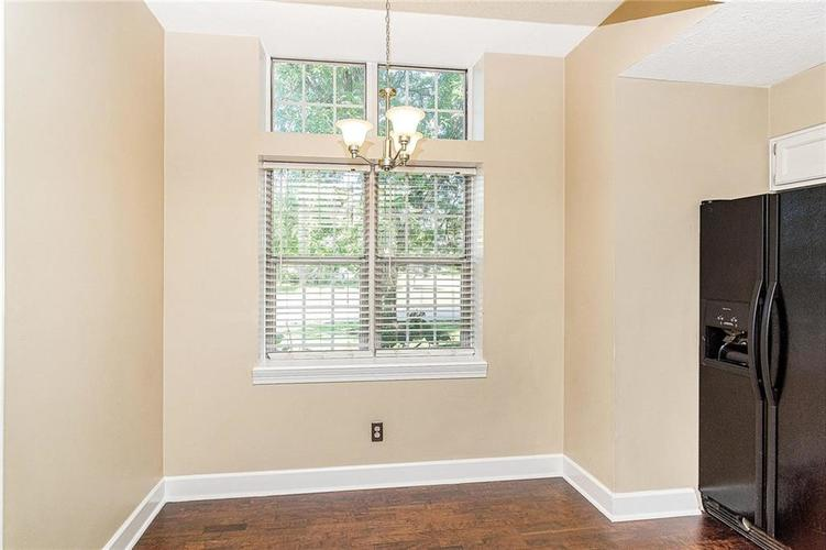 9246 Homeside Drive Indianapolis, IN 46250   MLS 21656771   photo 12
