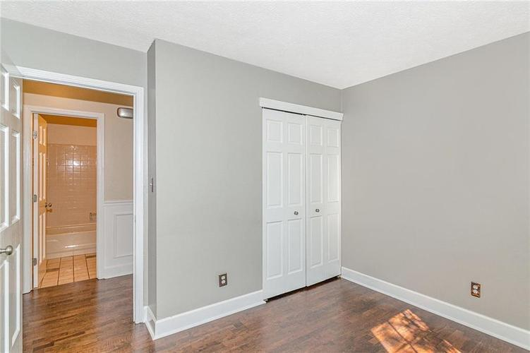 9246 Homeside Drive Indianapolis, IN 46250   MLS 21656771   photo 23