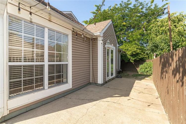 9246 Homeside Drive Indianapolis, IN 46250   MLS 21656771   photo 31