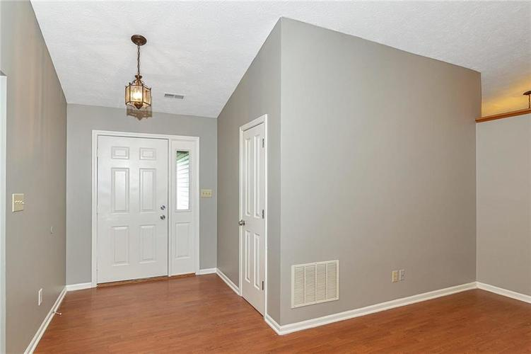 13015 Teesdale Court Fishers, IN 46038 | MLS 21657800 | photo 3