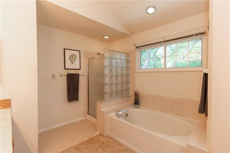 7816 BRYDEN Drive Fishers, IN 46038 | MLS 21657826 | photo 14