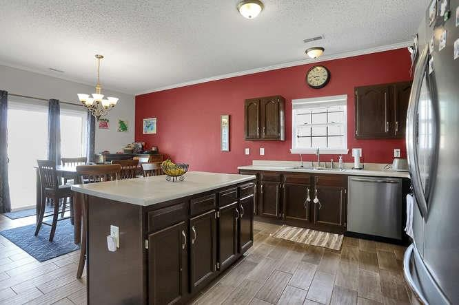 8101 WHITHAM Drive Indianapolis, IN 46237 | MLS 21657929 | photo 14