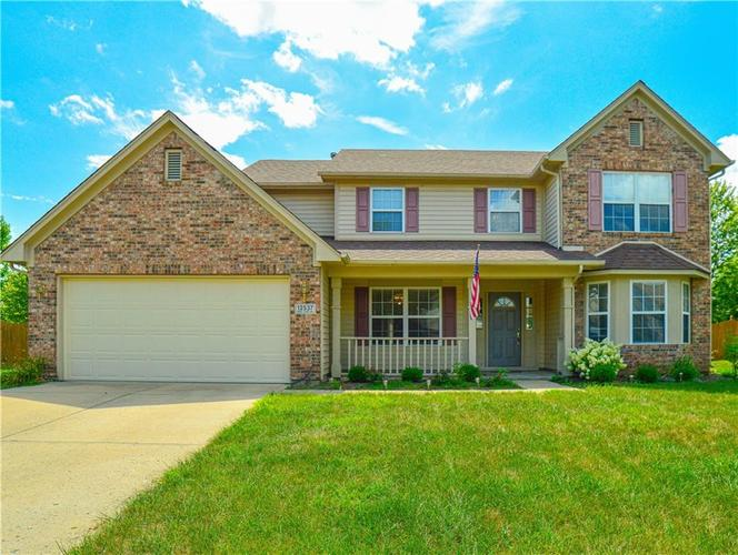 12537  Geist Cove Drive Indianapolis, IN 46236   MLS 21657940