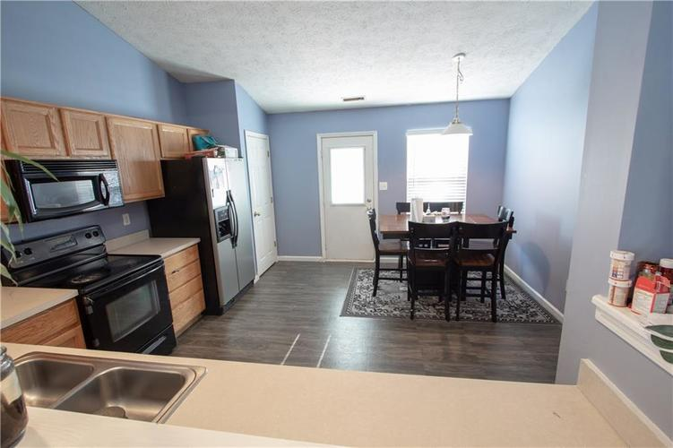 7054 BLANKENSHIP Avenue Indianapolis, IN 46217 | MLS 21658023 | photo 14