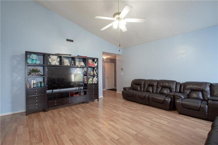 7054 BLANKENSHIP Avenue Indianapolis, IN 46217 | MLS 21658023 | photo 24