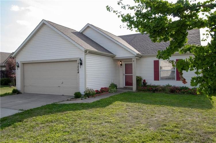 7054 BLANKENSHIP Avenue Indianapolis, IN 46217 | MLS 21658023 | photo 5