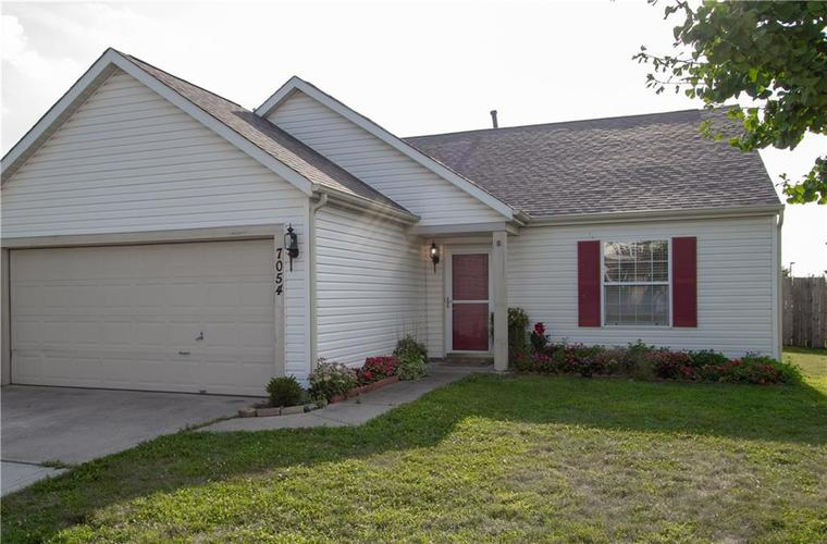 7054 BLANKENSHIP Avenue Indianapolis, IN 46217 | MLS 21658023 | photo 6