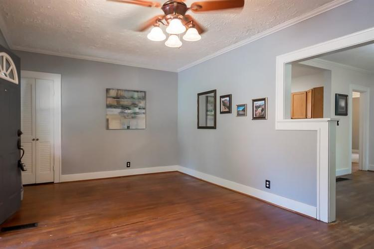1617 E 52nd Street Indianapolis, IN 46205 | MLS 21658115 | photo 12