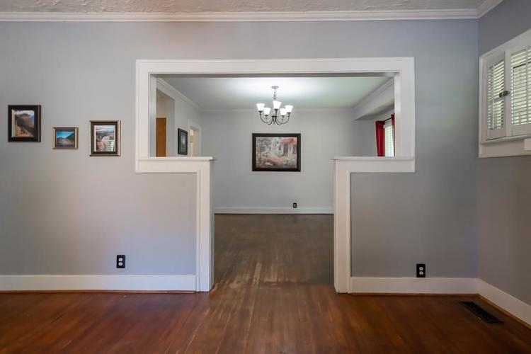 1617 E 52nd Street Indianapolis, IN 46205 | MLS 21658115 | photo 13