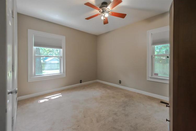 1617 E 52nd Street Indianapolis, IN 46205 | MLS 21658115 | photo 27