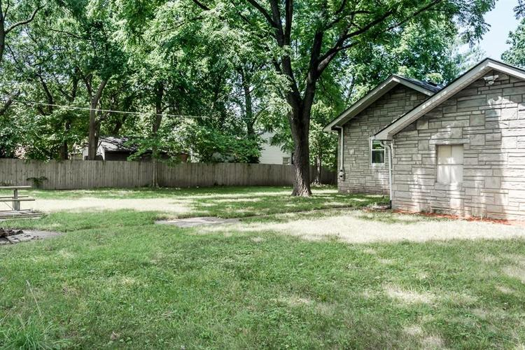1617 E 52nd Street Indianapolis, IN 46205 | MLS 21658115 | photo 4