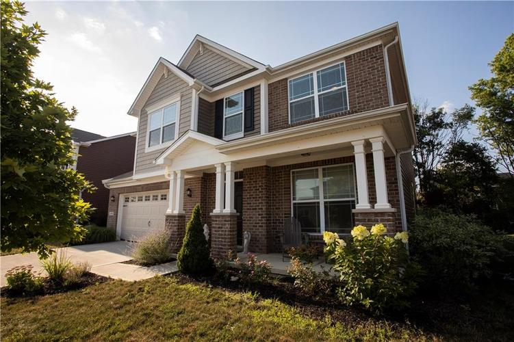 1338 Timber Bluff Road Westfield, IN 46074 | MLS 21658129 | photo 2