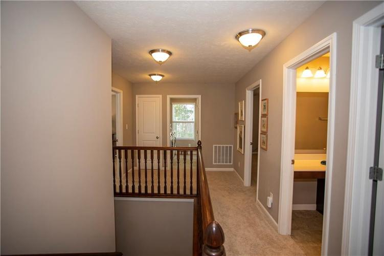 1338 Timber Bluff Road Westfield, IN 46074 | MLS 21658129 | photo 23