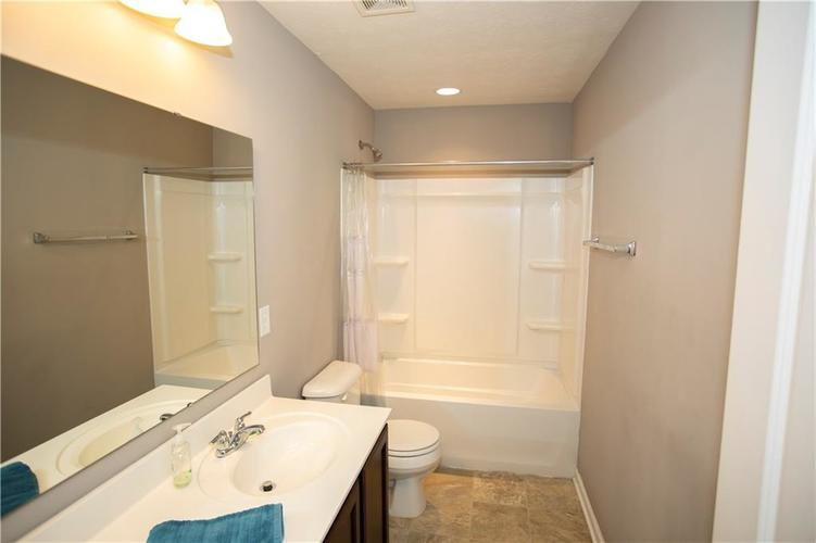 1338 Timber Bluff Road Westfield, IN 46074 | MLS 21658129 | photo 24