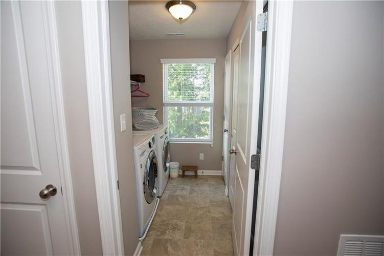 1338 Timber Bluff Road Westfield, IN 46074 | MLS 21658129 | photo 28