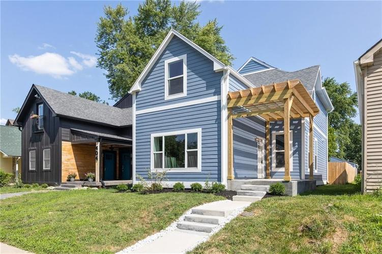 408 E Minnesota Street Indianapolis, IN 46225 | MLS 21658138 | photo 1