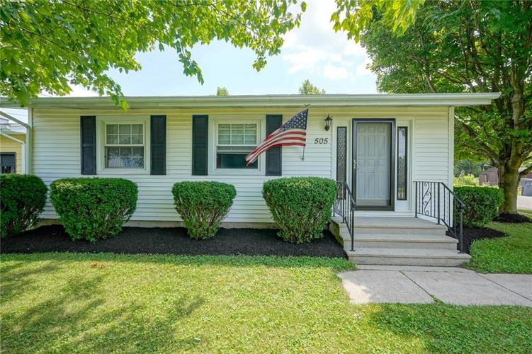 505 E Washington Street Parker City, IN 47368 | MLS 21658192