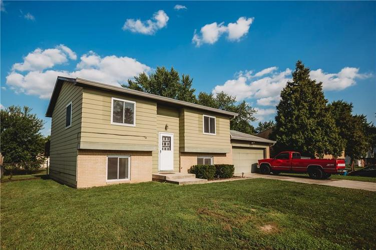 215 FENSTER Drive Indianapolis, IN 46234 | MLS 21658204 | photo 1