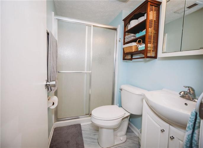 215 FENSTER Drive Indianapolis, IN 46234 | MLS 21658204 | photo 16