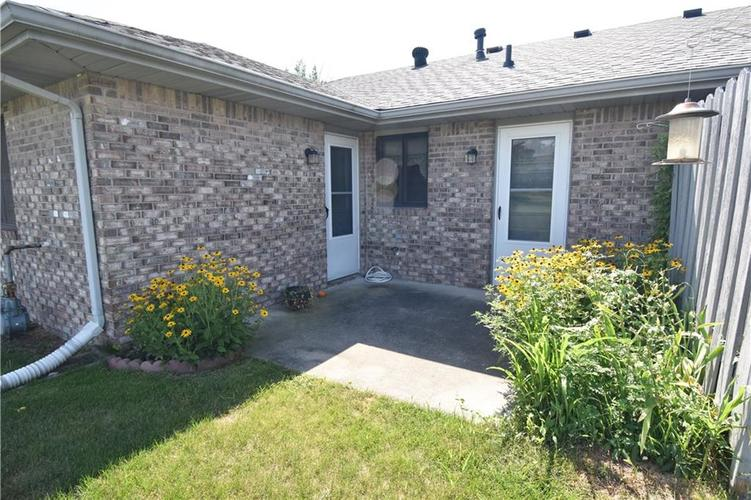 4128 Roundhill Drive Anderson, IN 46013 | MLS 21658209 | photo 17
