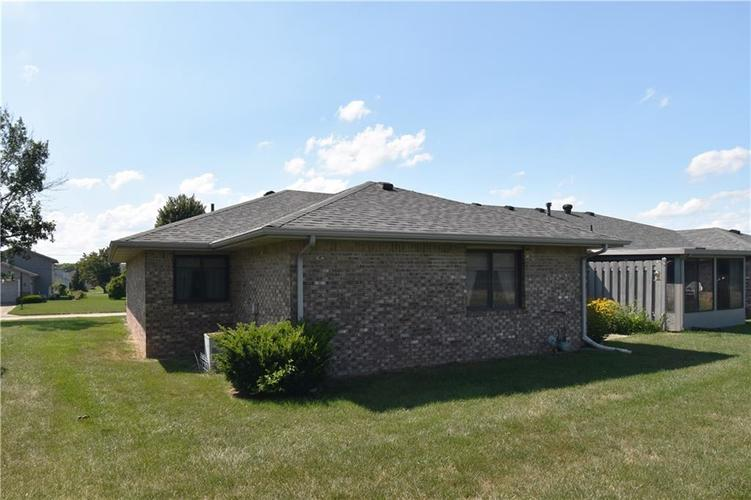 4128 Roundhill Drive Anderson, IN 46013 | MLS 21658209 | photo 19