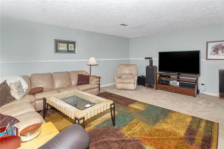8015 CARDINAL Cove E Indianapolis, IN 46256 | MLS 21658225 | photo 14