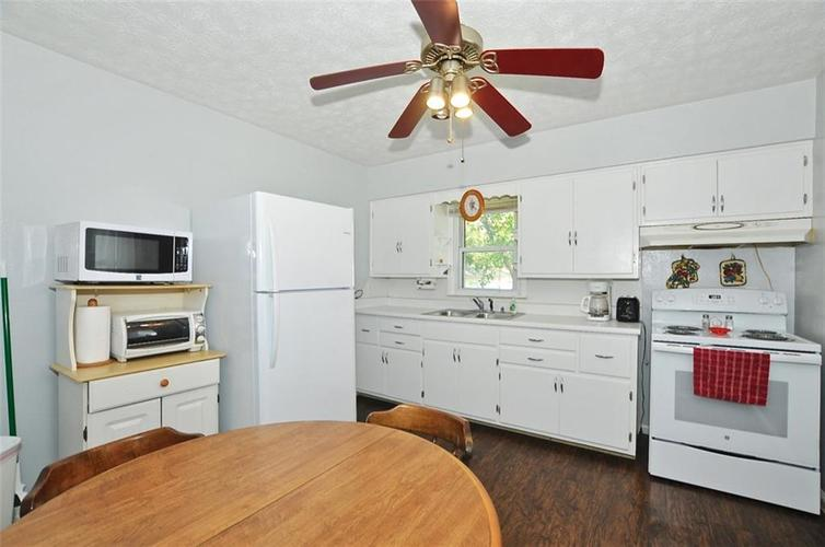 4750 E 16th Street Indianapolis, IN 46201   MLS 21658257   photo 13