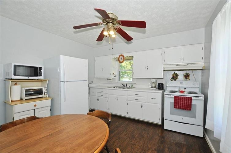 4750 E 16th Street Indianapolis, IN 46201   MLS 21658257   photo 2