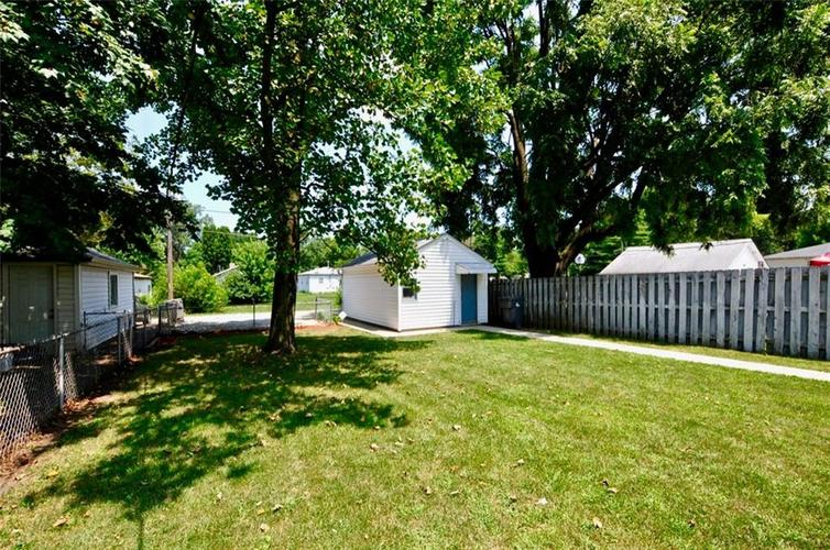 4750 E 16th Street Indianapolis, IN 46201   MLS 21658257   photo 24
