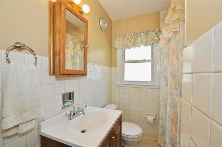 4750 E 16th Street Indianapolis, IN 46201   MLS 21658257   photo 6