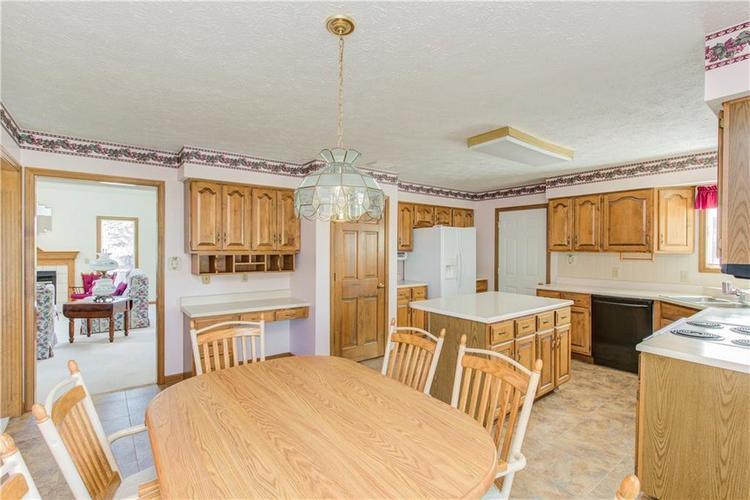 18 Spotted Owl Drive Brownsburg, IN 46112 | MLS 21658286 | photo 10