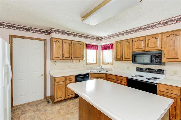 18 Spotted Owl Drive Brownsburg, IN 46112 | MLS 21658286 | photo 12