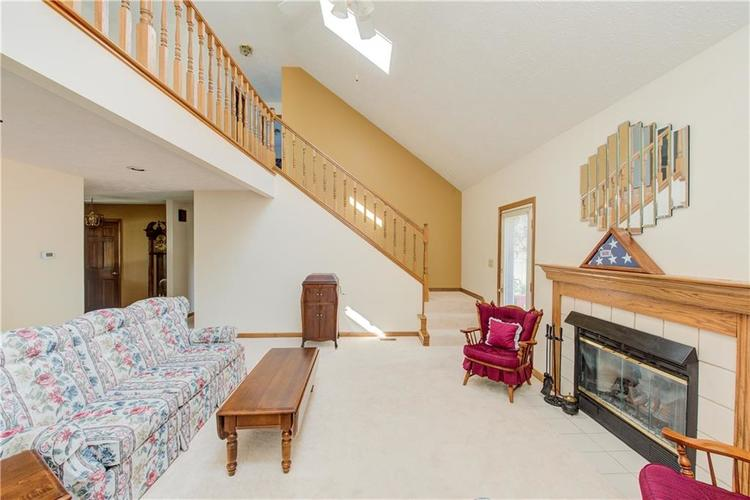18 Spotted Owl Drive Brownsburg, IN 46112 | MLS 21658286 | photo 4