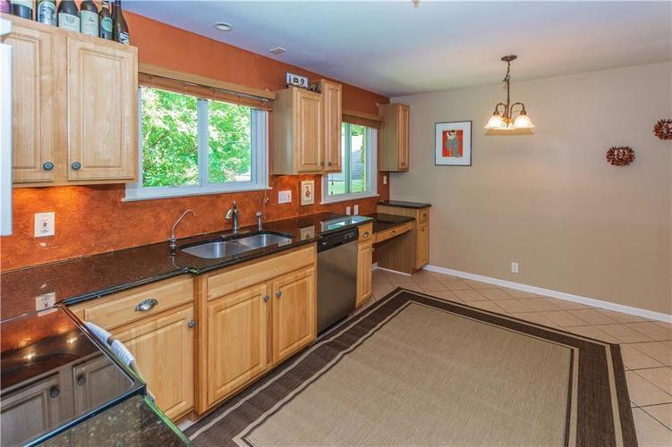9006 MCILVAIN Drive Indianapolis, IN 46256   MLS 21658310   photo 10