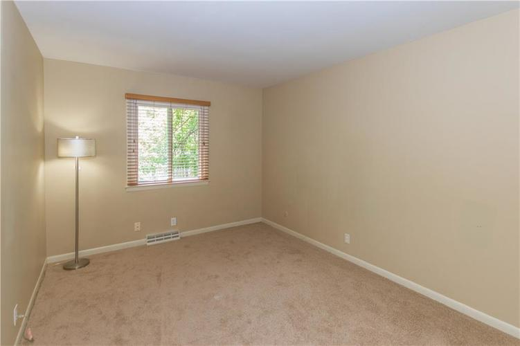 9006 MCILVAIN Drive Indianapolis, IN 46256   MLS 21658310   photo 16