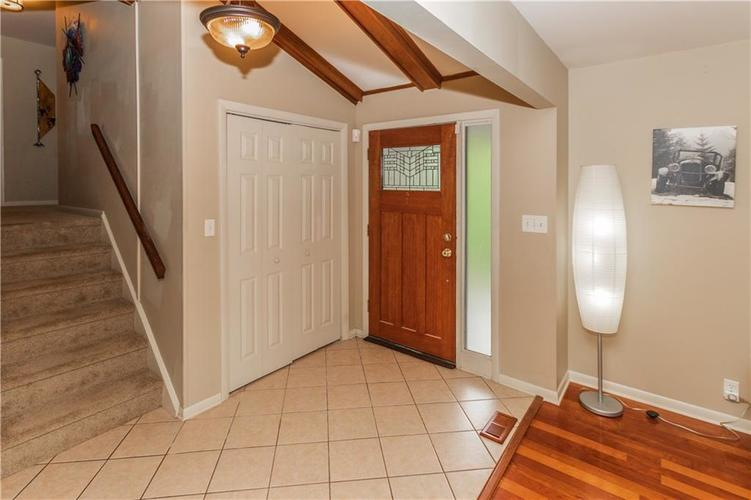 9006 MCILVAIN Drive Indianapolis, IN 46256   MLS 21658310   photo 4